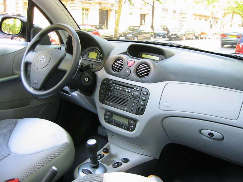 Intérieur de la C3 Pluriel - Version Coupé Cabriolet de la Citroen ...